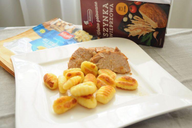 Obiad w 25 minut – szynka z gnocchi