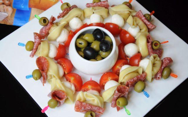 Koreczki imprezowe z tortelloni carne