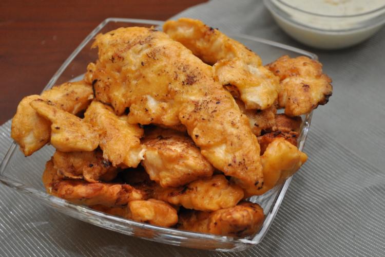 Kęski kurczaka w ketchupowym cieście